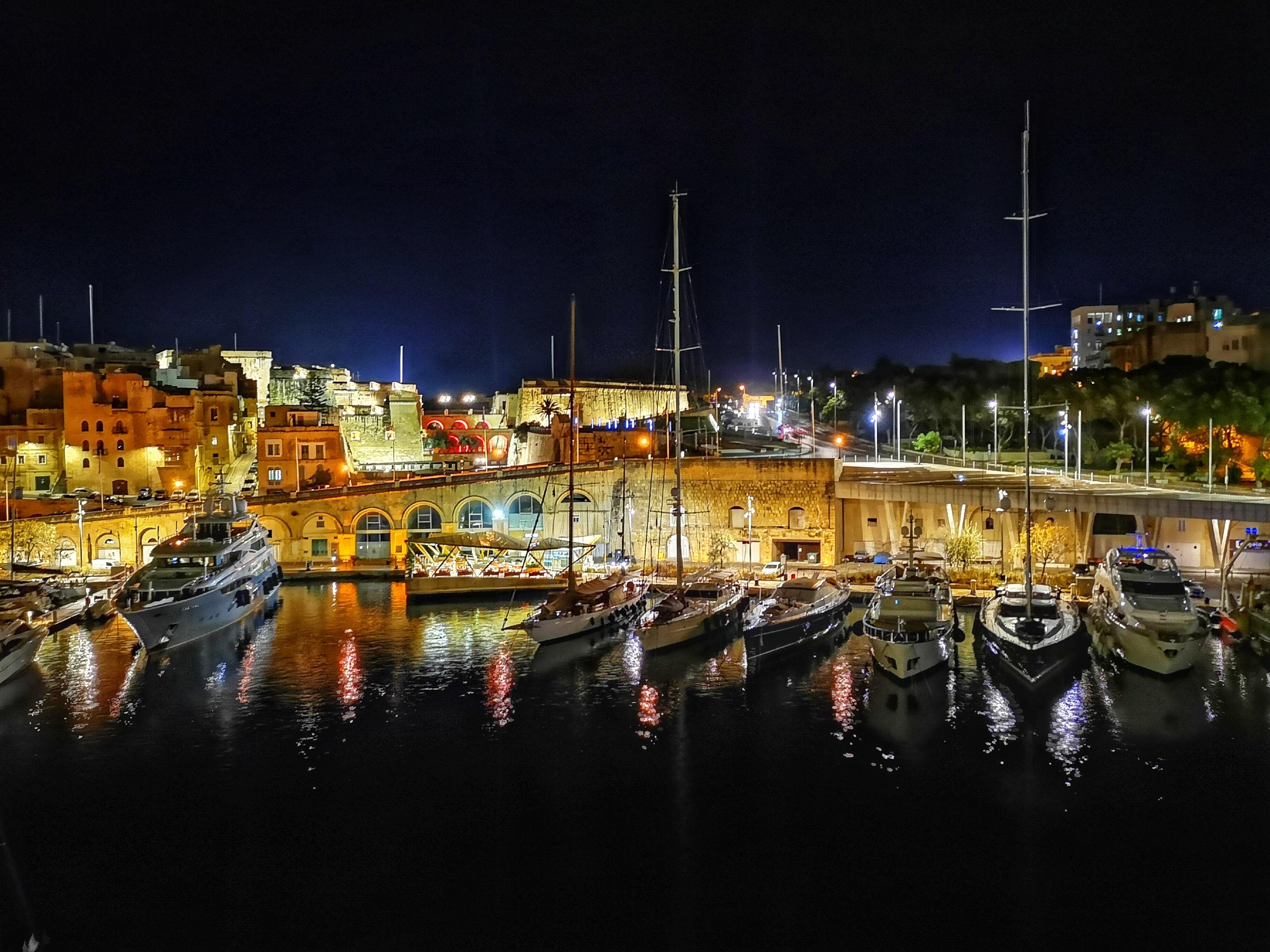 Cugó Gran Macina Grand Harbour by Caroline Paris