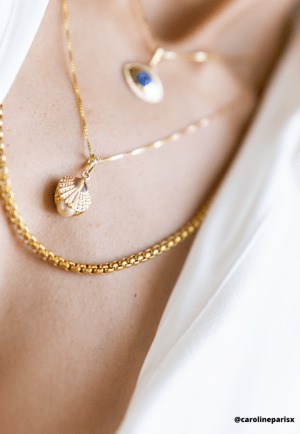 18ct Gold Shell White Pearl Pendant
